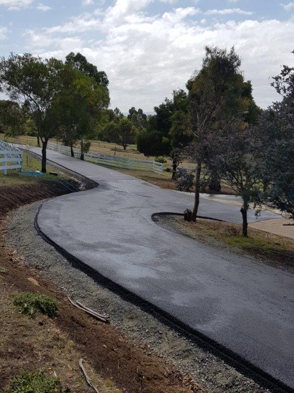 Turning circle asphalt driveway gold coast Brisbane